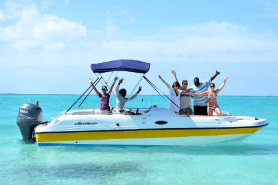 Boating in Turks and Caicos Islands with friends