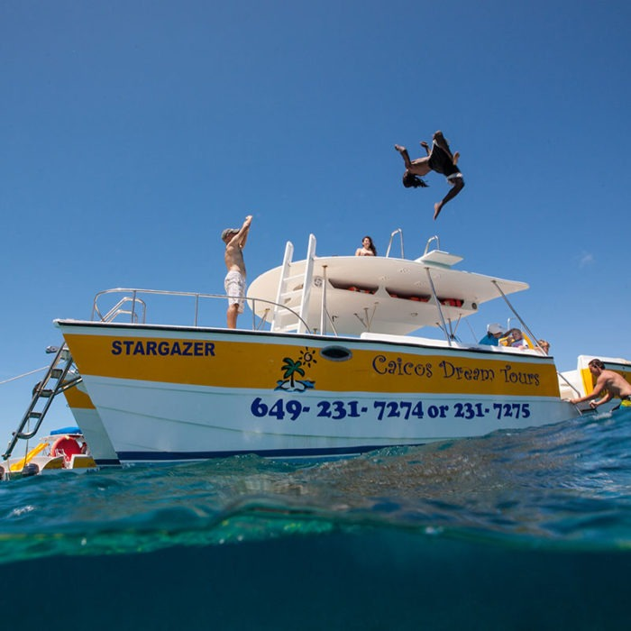 Things to do in Turks and Caicos - Swimming